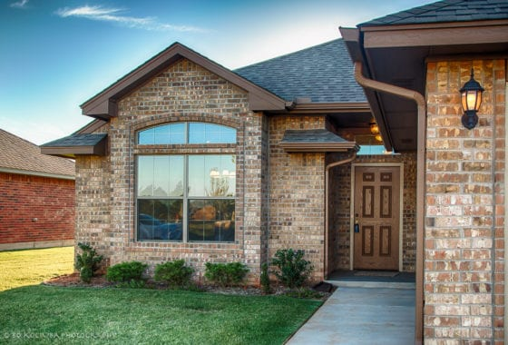Mustang OK Homes - 605 BUCKHORN