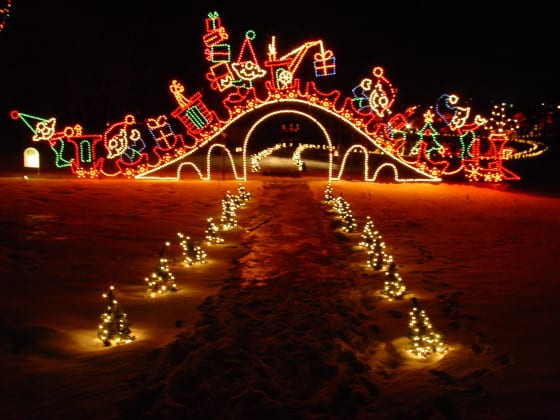 Yukon Ok Christmas Lights.Top Christmas Lights Events In Okc Metro