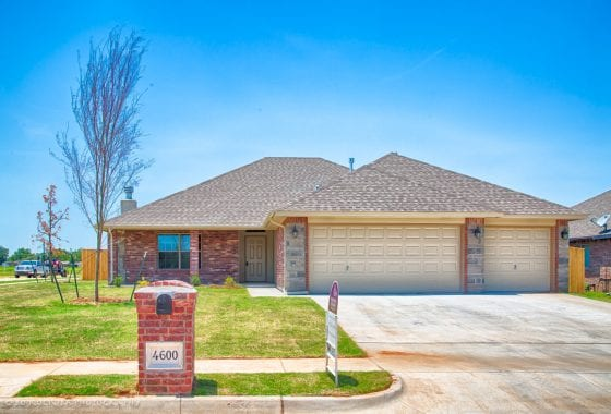 YUKON OK HOMES - 4600 OASIS LN - RIVER MESA