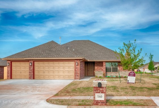 MUSTANG HOMES - 540 N BIGHORN WAY - HUNTERS HILL