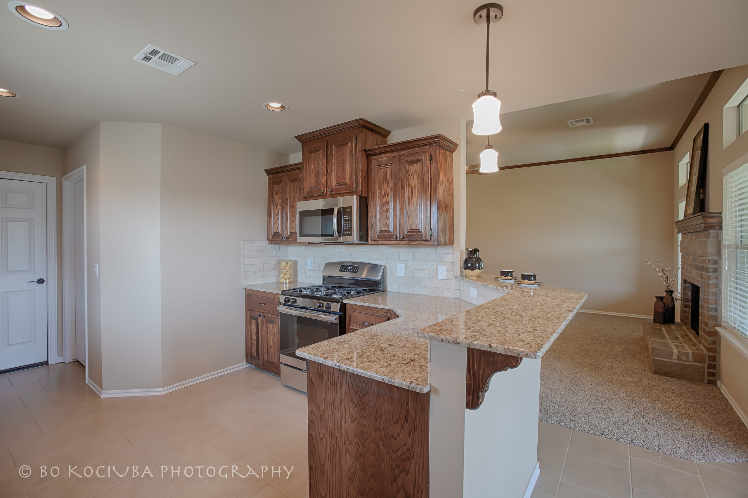 YUKON HOMES - 804 CANYON DR - RIVER MESA